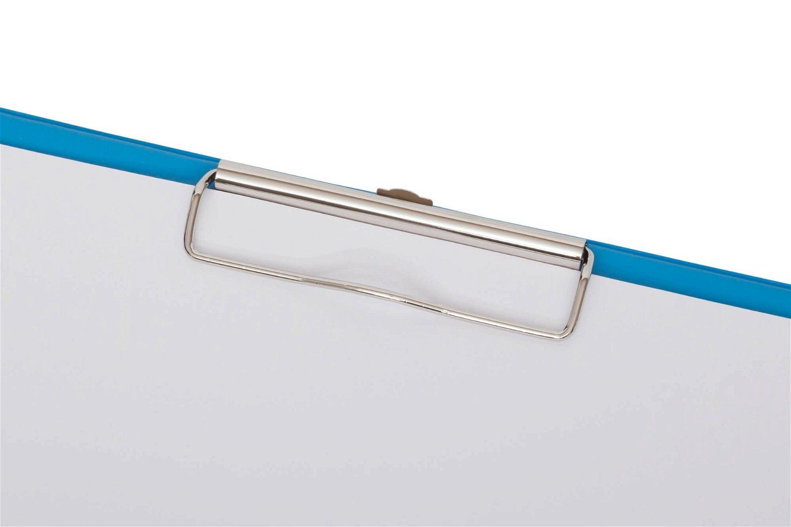 A4 Schreibplatte mit Folien- überzug, hellblau