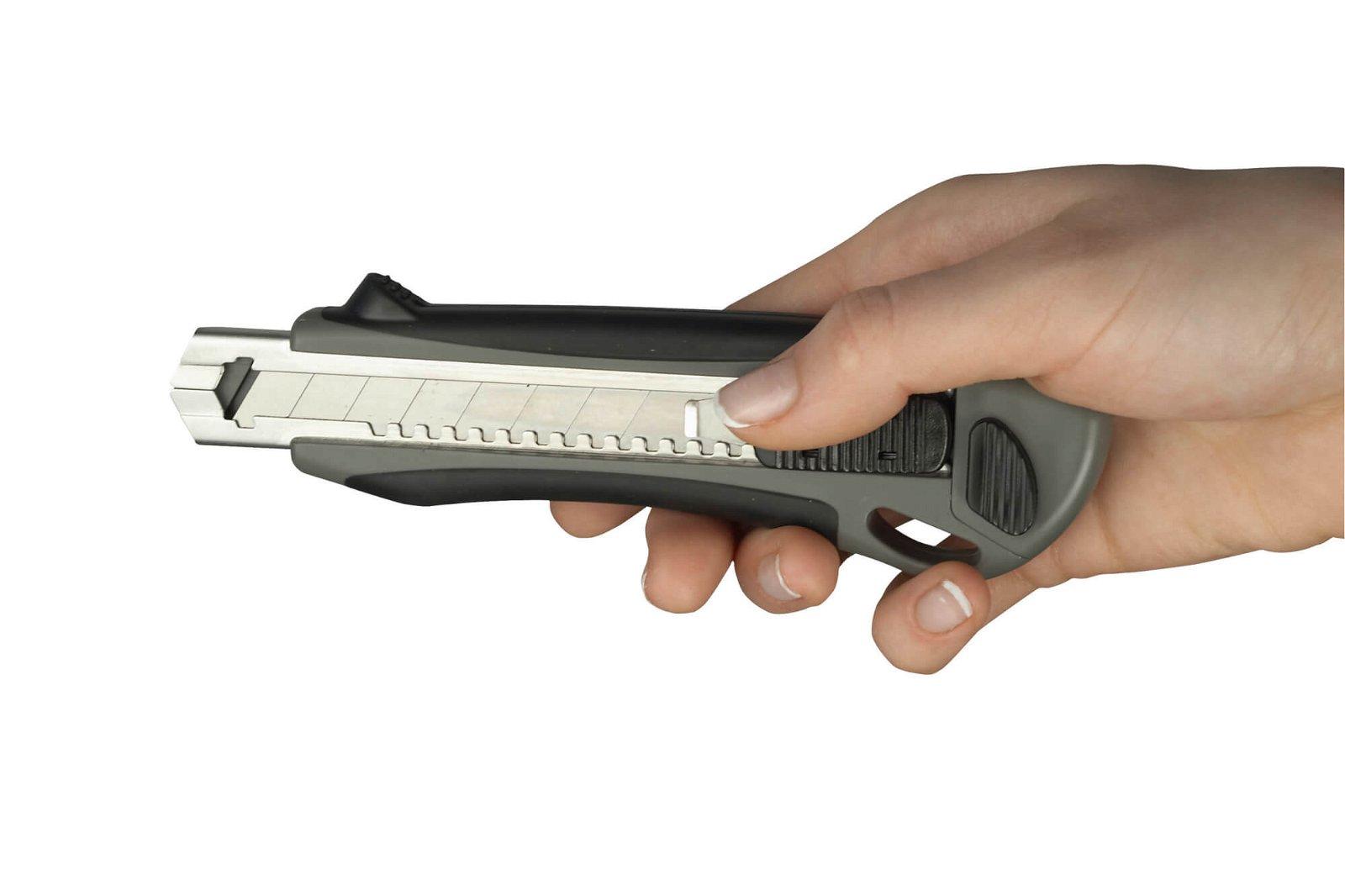 Cutter Profi, 18 mm, grau