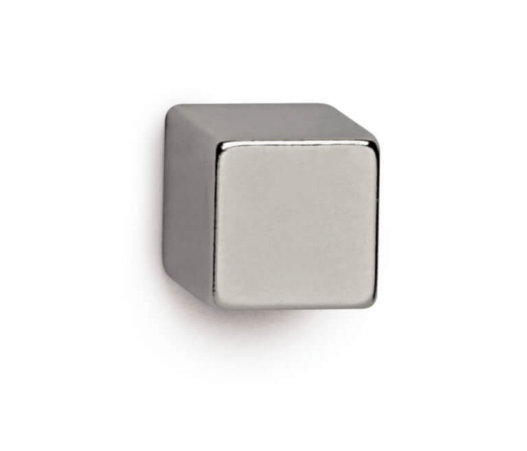 Neodym-Würfelmagnet, 10x10x10 mm 3,8 kg Haftkraft, 4 St./Set, hellsilber